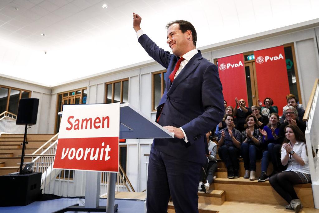 2016-10-17 18:16:43 AMSTERDAM - Vicepremier Lodewijk Asscher maakt bekend dat hij lijsttrekker van de PvdA bij de Tweede Kamerverkiezingen wil worden. ANP KOEN VAN WEEL