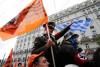 Blijft Merkel stoïcijns onder Griekse oorlogsschuld-provocaties?