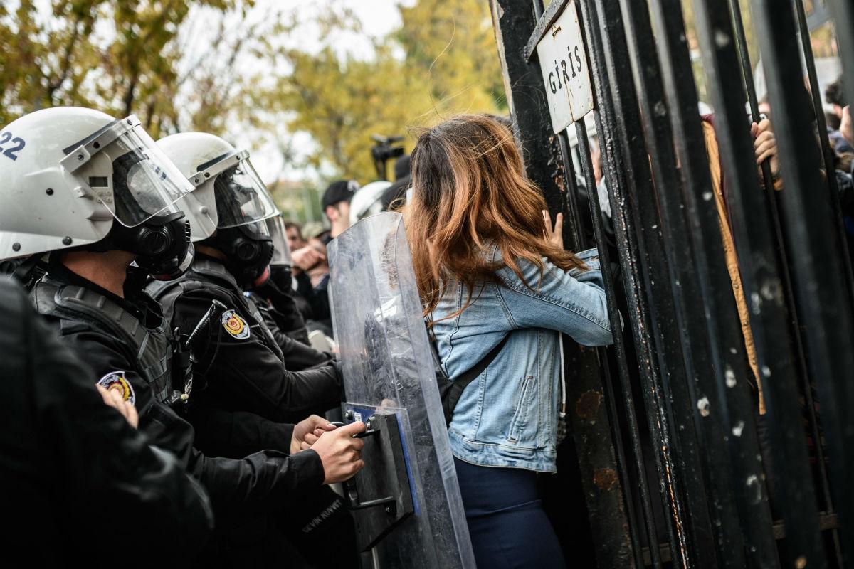 Eu Over Turkije Mensenrechten En Persvrijheid Worden Bedreigd