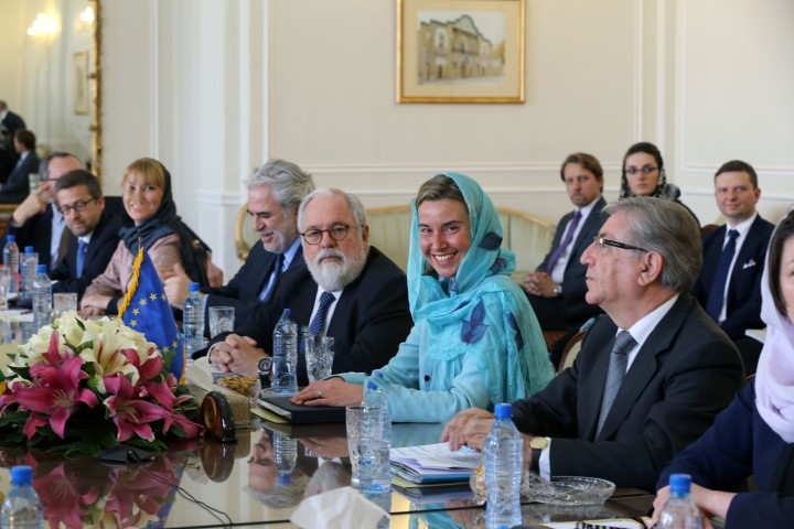 2016-04-16 07:26:31 European Union High Representative for Foreign Affairs, Federica Mogherini (2ndR) and her delegation meet with Iran's Foreign minister on April 16, 2016 in the capital Tehran. Mogherini, met Iran's Foreign minister Mohammad Javad Zarif as she arrived in Tehran on her first visit since a nuclear deal between Iran and world powers came into force as tensions surface over its implementation. / AFP PHOTO / ATTA KENARE