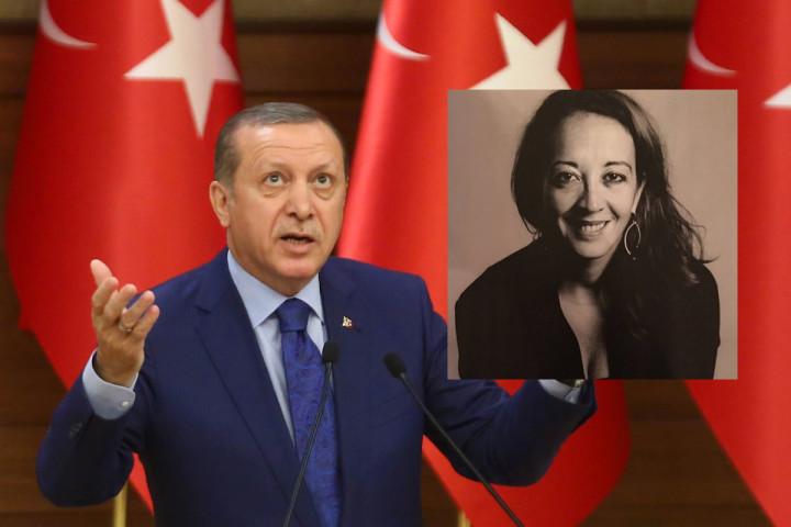 Umar zou zijn meegenomen vanwege haar tweets over Erdogan -bron: Twitter/AFP