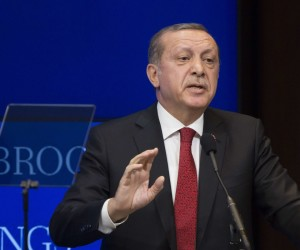 2016-03-31 00:00:00 WASHINGTON, DC - MARCH 31: Turkish President Recep Tayyip Erdogan speaks at the Brookings Institution, March 31, 2016 in Washington, DC. Erdogan met with U.S. Vice President Joe Biden this morning and is also scheduled to dedicate a new Islamic cultural center in suburban Washington on Saturday. Drew Angerer/Getty Images/AFP == FOR NEWSPAPERS, INTERNET, TELCOS & TELEVISION USE ONLY ==