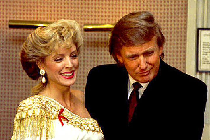 "1993-04-07 00:00:00 Donald Trump touches 07 April 1993 Marla Maples stomach to confirm published reports that the actress is pregnant with his child. The two arrived for Maples appearance in the Broadway musical ""The Will Rogers Follies""."