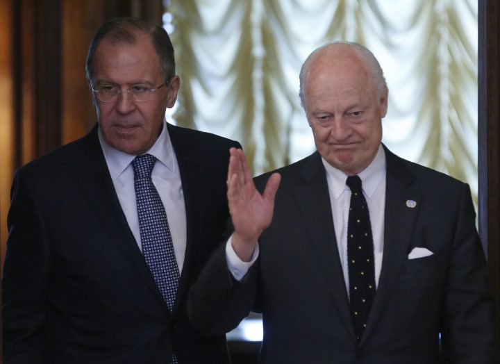 2016-05-03 13:06:05 epa05288133 Russian Foreign Minister Sergei Lavrov (L) and UN peace envoy to Syria, Staffan de Mistura (R) arrive for their talks in Moscow, Russia, 03 May 2016. De Mistura met with Lavrov one day after a meeting with US Secretary of State John Kerry, as different parties try to restore the cessation of hostilities in Syria. EPA/MAXIM SHIPENKOV