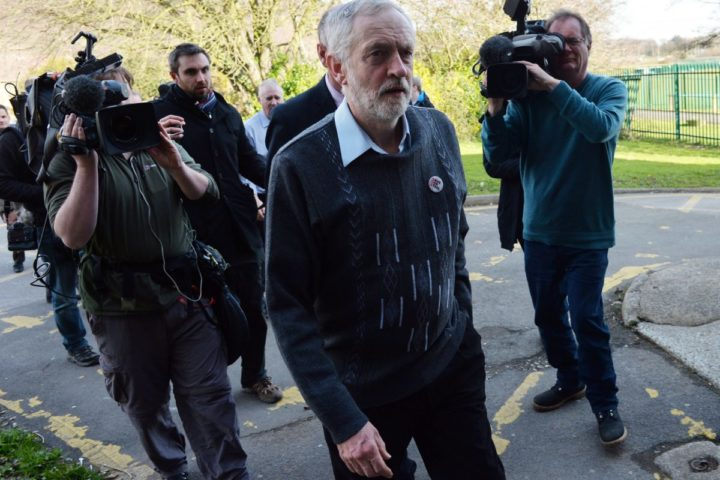 2016-03-30 16:49:12 British opposition Labour Party leader Jeremy Corbyn arrives at the Tata sports and social club to meet with union representatives and Tata steel workers close to the company's works at Port Talbot, south Wales, on March 30, 2016. Indian giant Tata Steel on March 30, 2016 put its British business up for sale, sparking calls for the government to intervene and safeguard thousands of jobs in the crisis-hit industry. Corbyn called on the government to protect the UK steel industry after earlier writing to the prime minister to call on him to recall parliament from the Easter break. / AFP PHOTO / PAUL ELLIS