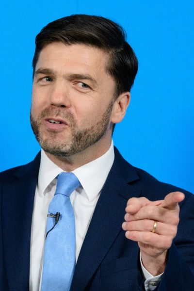 British Work and Pensions Secretary and Conservative MP, Stephen Crabb, speaks at a news conference in central London on June 29, 2016, where he announced his candidacy for the leadership of the Conservative Party. British Prime Minister David Cameron's successor will be announced on September 9 after nominations are submitted by June 30 at the latest, the Conservative Party said. Britain has been pitched into uncertainty by the result of the June 23 referendum, with Cameron announcing his resignation, the economy facing a string of shocks and Scotland making a fresh threat to break away. / AFP PHOTO / LEON NEAL