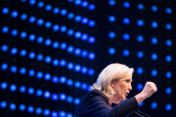 "French far-right National Front head Marine Le Pen delivers her speech at a meeting of the EU's far-right Europe for Nations and Freedom bloc, named ""Patriotic Spring - cooperation for friendship, safety and prosperity"" on June 17, 2016, in Vienna. / AFP PHOTO / VLADIMIR SIMICEK"