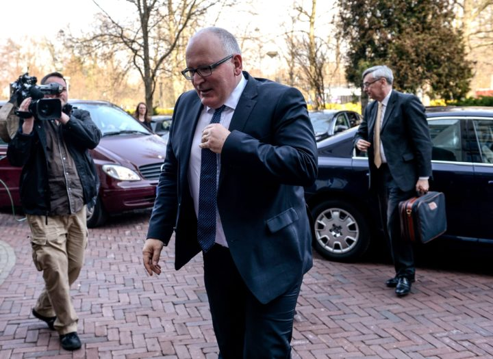 2016-04-05 00:00:00 epa05244944 European Commission Vice-President Frans Timmermans (C) arrives for a meeting with Polish Justice Minister Zbigniew Ziobro (not seen) in Warsaw, Poland, 05 April 2016. Timmermans held meetings with Polish officials on the situation surrounding the Constitutional Tribunal. Timmermans on a press conference before a meeting said that dialogue on resolving the crisis surrounding Poland's Constitutional Tribunal (TK) should begin with full respect for the TK's rulings, which should be published and implemented. Poland's ruling PiS party has come under criticism for its legislation concerning media and judiciary. EPA/MARCIN OBARA POLAND OUT