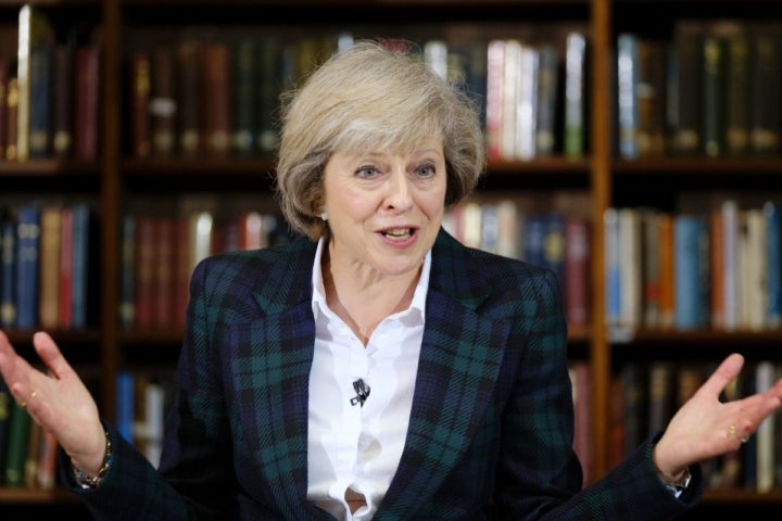 2016-06-30 09:04:37 British Interior Minister Theresa May addresses a press conference in central London on June 30, 2016. British interior minister Theresa May announced her bid to succeed Prime Minister David Cameron on Thursday, saying negotiations to leave the European Union should not begin before the end of the year. / AFP PHOTO / FRANTZESCO KANGARIS