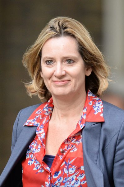 2016-07-13 19:26:17 Newly appointed Home Secretary Amber Rudd arrives at 10 Downing Street in central London on July 13, 2016 after new British Prime Minister Theresa May took office. Theresa May took office as Britain's second female prime minister on July 13 charged with guiding the UK out of the European Union after a deeply devisive referendum campaign ended with Britain voting to leave and David Cameron resigning. / AFP PHOTO / OLI SCARFF