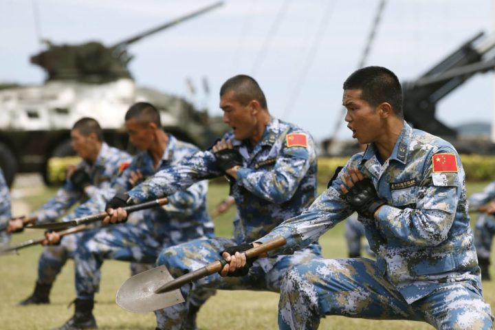 2016-05-21 10:51:24 epa05321110 Chinese Marine Corps perform during the opening ceremony of the Blue Strike 2016 joint military exercise at a military base in Chonburi province, Thailand, 21 May 2016. Thailand and China hold joint 'Blue Strike' military exercises, naval exercises focused on humanitarian relief including maritime transport, positioning training, onshore joint exercises and overall retreat. More than 700 personnel from Thailand and China are taking part in the drills, which will be held in Thailand until 09 June 2016.  EPA/NARONG SANGNAK