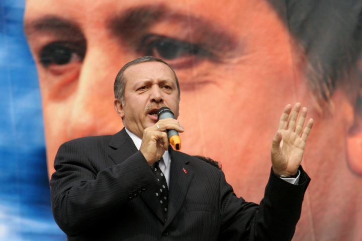 "2005-09-24 14:36:00 Turkish Prime Minister Recep Tayyip Erdogan speaks at the opening of his party's Beyoglu Office 24 September 2005, in Istanbul.  Speaking about a conference about Armenia taking place Saturday, which was suspended Thursday following a complaint by a group of nationalist lawyers who called the organizers ""traitors"", Erdogan told reporters ""It is not possible for me to approve of (the court ruling) because I want to live in a Turkey where liberties are practiced to the full"". AFP PHOTO/ALI OZLUER"
