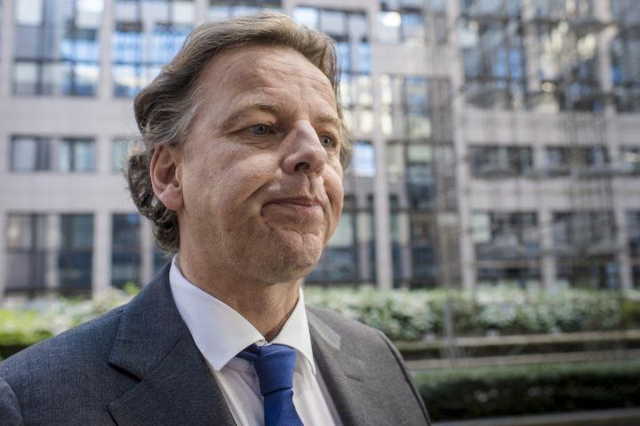 2016-07-18 07:58:27 BRUSSEL - Bert Koenders (minister Buitenlandse Zaken Nederland) komt aan voor de speciale bijeenkomst van ministers van Buitenlandse Zaken over de situatie in Turkije en de aanslag in Nice. ANP JONAS ROOSENS