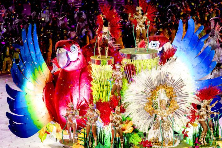 2016-08-22 02:49:21 RIO DE JANEIRO - De sluitingsceremonie van de Olympische Spelen van Rio in het Maracana stadion. ANP SANDER KONING