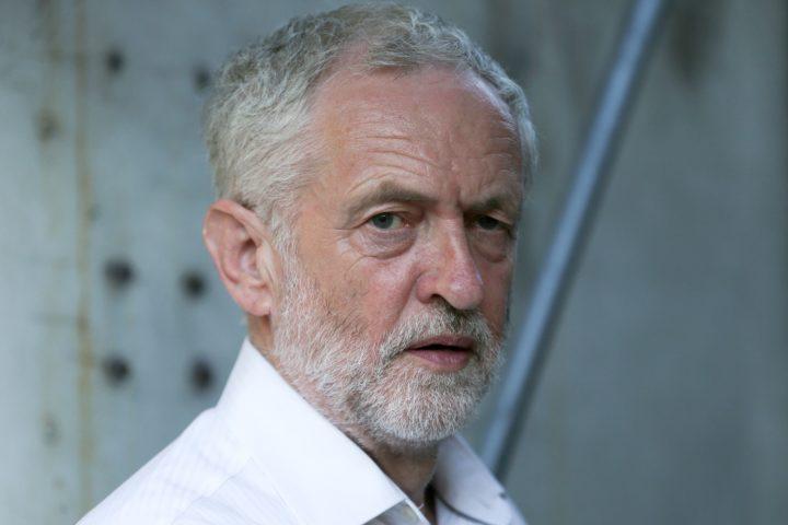 Jeremy Corbyn verliest ook binnen zijn eigen partij steeds meer steun - Foto: AFP