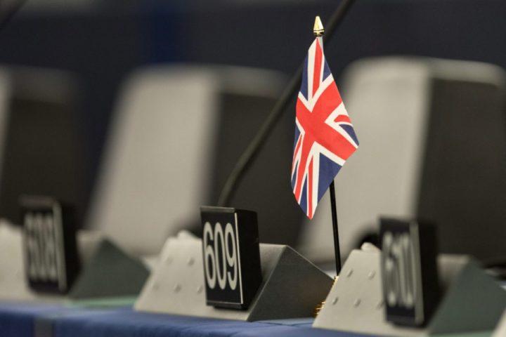 2016-07-05 08:49:01 epa05408243 A single British flag sits on a desk during a debate in the European Parliament in Strasbourg, France, 05 July 2016. The European Parliament met to review the Brexit summit conclusions and the past Dutch EU presidency. All member nations of EU take part in the rotating six-month EU presidency that is currently held by Slovakia. EPA/PATRICK SEEGER