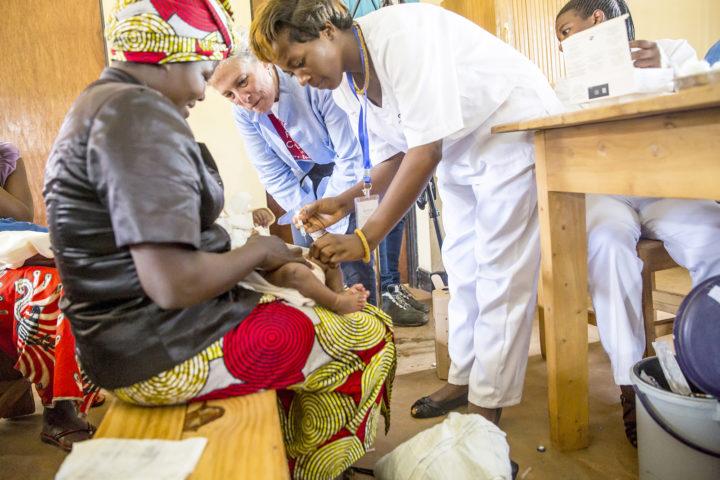ken medicijnendossier_Pfizer day 4 Rwanda vaccines-11_preview