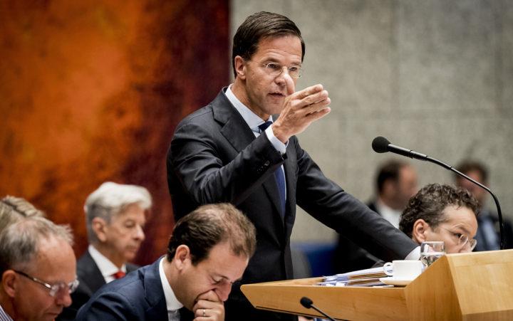 2016-09-22 10:55:15 DEN HAAG - Premier Mark Rutte in de plenaire zaal tijdens de voortzetting van de Algemene Politieke Beschouwingen, die traditioneel volgen op Prinsjesdag. ANP REMKO DE WAAL
