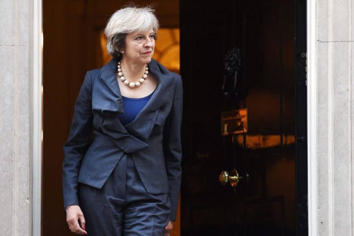 2016-09-22 17:10:49 epa05552117 British Prime Minister Theresa May prior to a meeting with President of the European Parliament Martin Schulz (out of picture) at 10 Downing Street in London, Britain, 22 September. May and Schulz were to discuss Britain's plans on exiting the EU. EPA/ANDY RAIN