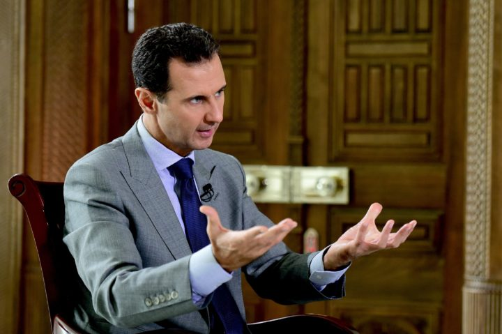 2016-10-12 10:33:12 epa05585055 A handout photograph made available on 14 October 2016 by Syrian Arab News Agency (SANA) shows Syrian President Bashar al-Assad giving an interview to Russia's Komsomolskaya Pravda newspaper in Damascus, Syria, 12 October 2016. According to SANA, Assad highlighted the importance of recapturing Aleppo from rebels, saying it is 'going to be a very important springboard.. to push the terrorists to Turkey to go back to where they come from, or to kill them'. The rebel-held eastern Aleppo, currently besieged by the Syrian government, recently came under heavy airstrikes, where the volunteer search and rescue organization known as the White Helmets said at least 122 people have been killed over two days. EPA/SANA HANDOUT HANDOUT EDITORIAL USE ONLY/NO SALES