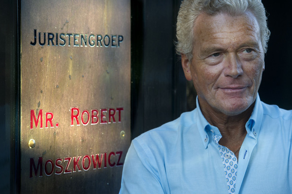 AMSTERDAM - Portret van advocaat Robert Moszkowicz. ANP EVERT ELZINGA