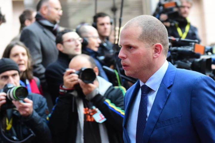 2015-11-09 14:00:53 Belgium State secretary for Asylum Policy and Migration Theo Francken arrives for a Justice and Home Affairs meeting at the European Councilin Brussels on November 9, 2015.   AFP PHOTO / EMMANUEL DUNAND