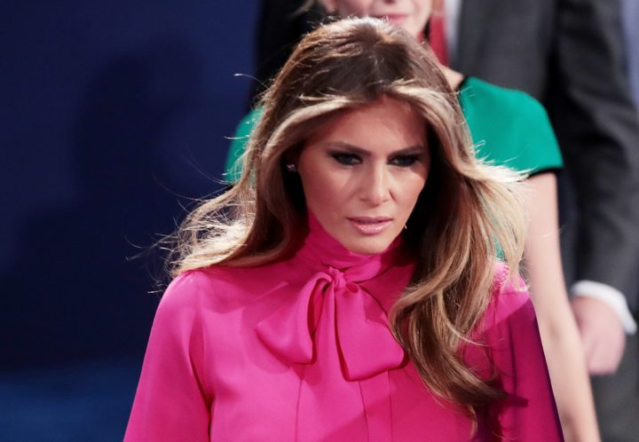 2016-10-09 00:00:00 ST LOUIS, MO - OCTOBER 09: Republican presidential nominee Donald Trump's wife Melania Trump arrives before the town hall debate at Washington University on October 9, 2016 in St Louis, Missouri. This is the second of three presidential debates scheduled prior to the November 8th election.   Scott Olson/Getty Images/AFP == FOR NEWSPAPERS, INTERNET, TELCOS & TELEVISION USE ONLY ==
