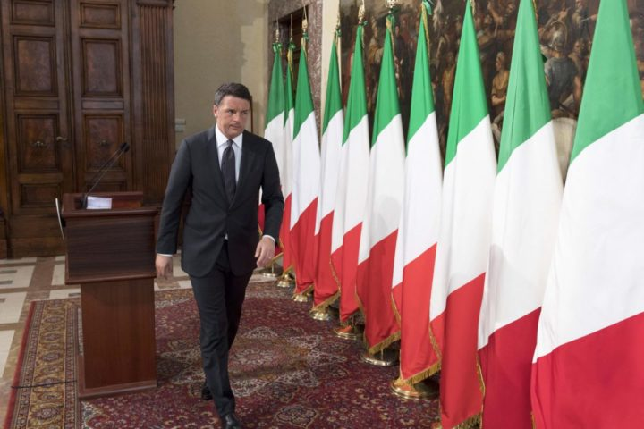 2016-10-30 14:02:56 epa05609881 The handout picture released by the Palazzo Chigi Press Office shows Italian Premier Matteo Renzi leaving after a press conference following the strong earthquake in central Italy, Rome, Italy, 30 October 2016. A 6.6 magnitude earthquake struck 6km north of Norcia, Italy, on 30 October 2016. EPA/TIBERIO BARCHIELLI / PALAZZO CHIGI PRESS OFFICE / HANDOUT HANDOUT EDITORIAL USE ONLY/NO SALES/NO ARCHIVES