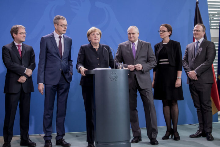 "2016-11-02 00:00:00 German Chancellor Angela Merkel (3rd L) gives a press conference on November 2, 2016 at the Chancellery in Berlin as she is handed over the annual report on the country's economic development by members of the German Council of Economic Experts (L-R) Volker Wieland, Peter Bofinger, (Merkel), Christoph M Schmidt (the council's chairman), Isabel Schnabel and Lars P Feld. The experts also known as the five ""wise men"" predicted economic growth for the eurozone of 1.6 percent in 2016 and 1.4 percent in 2017. / AFP PHOTO / dpa / Michael Kappeler / Germany OUT"