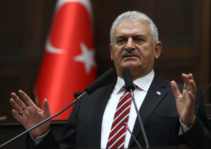 2016-11-08 11:19:37 Turkish Prime Minister and leader of Turkey's ruling party, the Justice and Development Party (AK Party) Binali Yildirim delivers a speech during the AK Party's group meeting at the Grand National Assembly of Turkey (TBMM) in Ankara, on November 8, 2016. / AFP PHOTO / ADEM ALTAN