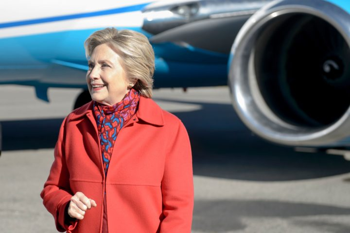 2016-11-07 10:20:49 Democratic presidential nominee Hillary Clinton arrives to board her plane at Westchester County Airport November 7, 2016 in White Plains, New York. White House rivals Hillary Clinton and Donald Trump were due to duel Monday for a handful of must-win states in an end-game election frenzy capping a historically divisive campaign. With less than 48 hours until voting day, it was unclear whether the Democrat could convert into electoral gain the announcement Sunday that the FBI had cleared her again of wrongdoing over her email use. / AFP PHOTO / Brendan Smialowski