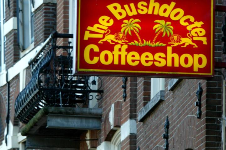 coffeeshop-1200x800