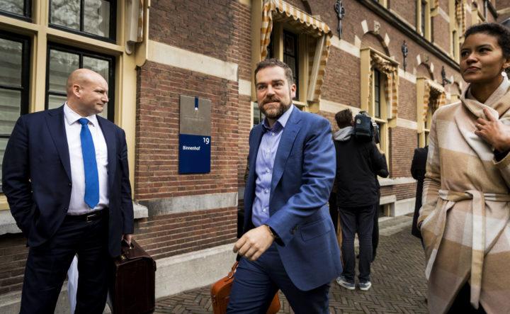 Dijkhoff wil een wetsvoorstel indienen waarmee hij gemeenten kan dwingen te stoppen met de bed, bad, brood-regeling - Foto: ANP