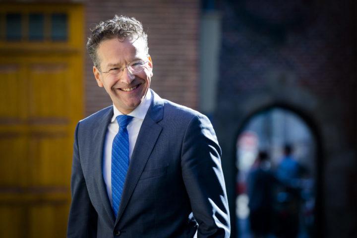2016-08-18 10:05:24 DEN HAAG - Minister Jeroen Dijsselbloem van Financien arriveert op het Binnenhof, voorafgaand aan de eerste begrotingsraad na het zomerreces. ANP BART MAAT