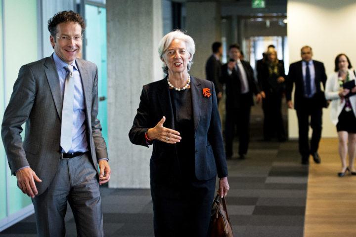 2013-05-06 13:04:45 DEN HAAG - Minister Jeroen Dijsselbloem van Financien ontvangt Christine Lagarde, directeur van het Internationaal Monetair Fonds (IMF) op het ministerie van Financien. De Franse voormalige minister van Financien is voor een tweedaags bezoek in Nederland. ANP ROBIN UTRECHT