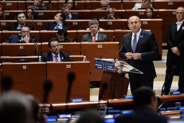 2016-10-12 11:31:52 Turkish Foreign minister Mevlut Cavusoglu delivers a speech at the Parliamentary Assembly of the Council of Europe, in Strasbourg, eastern France, on October 12, 2016. / AFP PHOTO / FREDERICK FLORIN