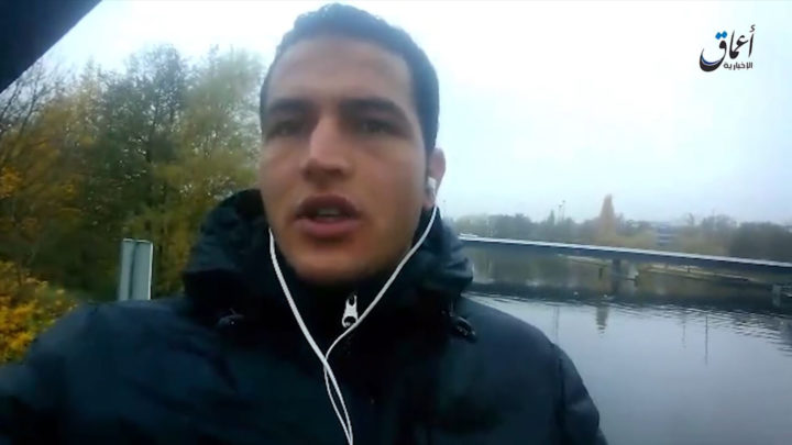 Een screenshot uit de opgedoken IS-video van Anis Amri - Foto: AFP
