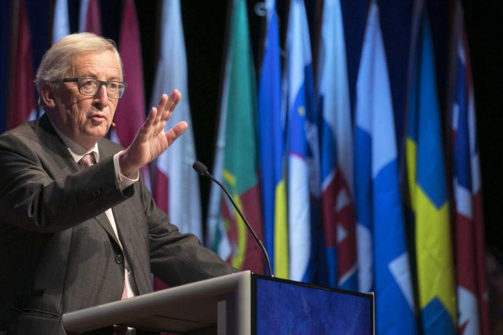 2016-12-09 11:01:58 MAASTRICHT - Jean-Claude Juncker tijdens de viering van 25 jaar Verdrag van Maastricht. ANP MARCEL VAN HOORN