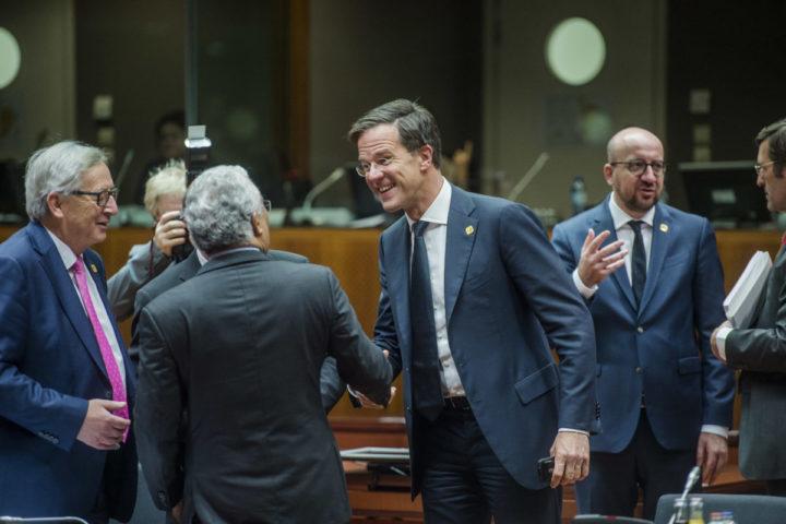2016-12-15 00:00:00 BRUSSEL - Premier Mark Rutte tijdens de Europese Top, waar de lidstaten spreken over het associatieverdrag met Oekraine. ANP JONAS ROOSENS