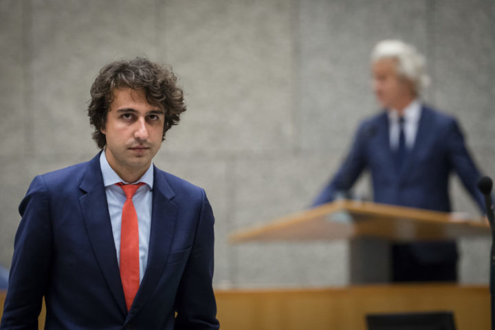 2016-09-21 18:48:52 DEN HAAG - Jesse Klaver (Groenlinks) en PVV-fractievoorzitter Geert Wilders in de plenaire zaal tijdens de Algemene Politieke Beschouwingen, die traditioneel volgen op Prinsjesdag. ANP BART MAAT