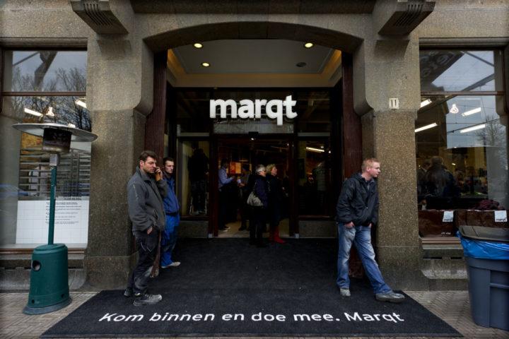 2012-02-16 15:53:52 DEN HAAG - Marqt, de duurzame winkelketen voor 'echt eten', opent in Den Haag de vierde winkel in Nederland. Marqt verkoopt duurzame, biologische en lokale producten. ANP VALERIE KUYPERS