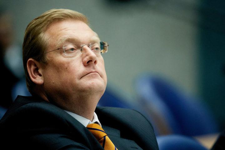 2016-06-08 15:37:17 DEN HAAG - Minister Ard van der Steur tijdens het Tweede Kamerdebat over een nader onderzoek door de commissie-Oosting. ANP MARTIJN BEEKMAN