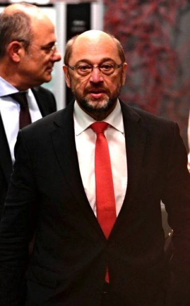 2016-10-07 17:46:11 President of the European Parliament, Martin Schulz arrives to hold a press conference after meeting with Spanish interim Prime Minister, at Moncloa palace in Madrid on October 7, 2016 / AFP PHOTO / PIERRE-PHILIPPE MARCOU
