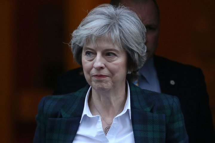 "2017-01-17 11:37:11 British Prime Minister Theresa May leaves 10 Downing Street in London on January 17, 2017. May chaired the weekly meeting of the Cabinet ahead of a major speech in which she is expected to say she favours a clean break from the European Union, dismissing a ""half-in, half-out"" Brexit deal with Brussels. / AFP PHOTO / Daniel LEAL-OLIVAS"