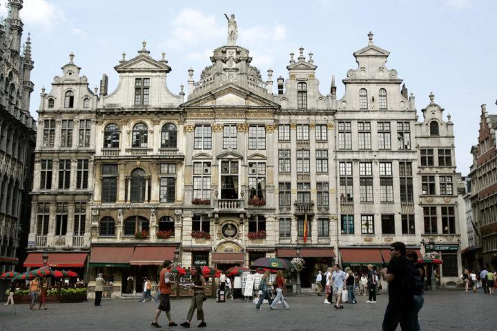 2006-09-13 00:00:00 BRUSSEL - De Grand Place (Grote Markt) van Brussel. ANP PHOTO LEX VAN LIESHOUT