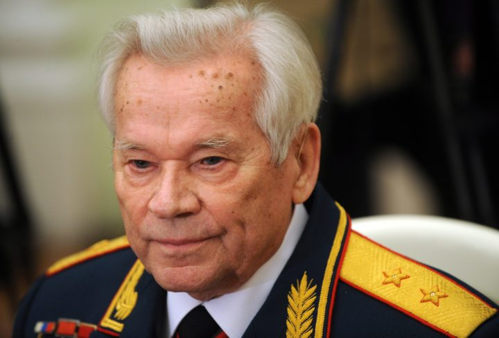 2009-11-10 17:59:24 epa01927981 Mikhail Kalashnikov, the Russian inventor of the globally popular AK-47 assault rifle, attends festivities to celebrate his 90th birthday at the Kremlin in Moscow, Russia, 10 November 2009. Kalashnikov declared himself a happy man with few regrets as he celebrated his 90th birthday. EPA/NATALIA KOLESNIKOVA / POOL