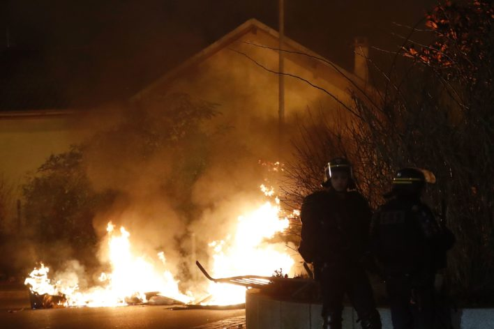 Rellen in Saint-Denis Foto: AFP
