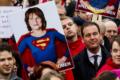 Linkse partijen komen allemaal langs bij protest tegen Trump