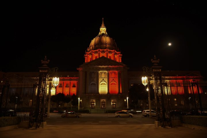 2016-03-22 21:01:34 epa05226614 The San Francisco City Hall is illuminated in the colors of the Belgium national flag, in San Francisco, USA, 22 March 2016. City Hall was intended to be lit up in the colors of the Belgian national flag (black yellow and red) in solidarity with the victims of the Brussels terror attack on 22 March, in which a double explosion in the departure hall of Zaventem Airport, and a further explosion at Maelbeek Metro station in Brussels left at least 31 people dead and hundreds injured. Authorities have raised the city terror alert to the maximum level and security has been increased. Islamic State (IS) has since claimed responsibility for the terror attacks. EPA/JOHN G. MABANGLO