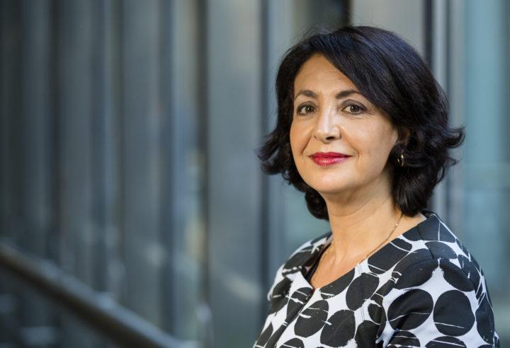 Tweede Kamervoorzitter Khadija Arib staat in top 200 invloedrijke vrouwen van Elsevier Weekblad